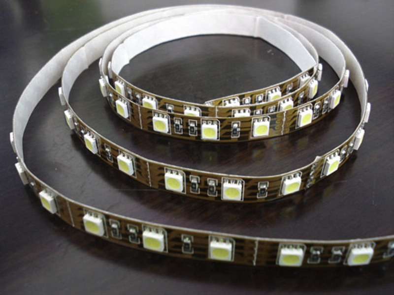 5050 non-waterproof LED strip 60 LEDs